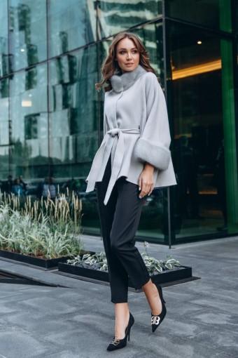 Облегчённое пальто - пончо с норковыми манжетами