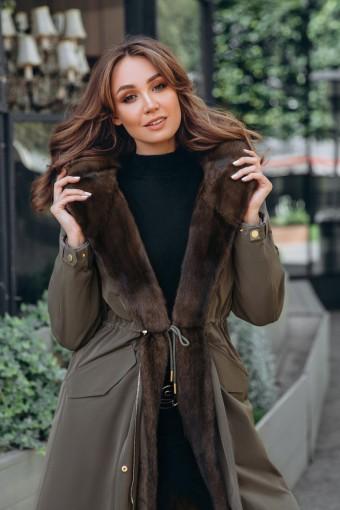 Парка - пальто с меховым капюшоном из норки