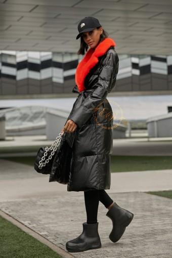 Пуховое пальто с воротником из меха норки