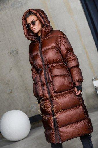 Удлинённый пуховик - пальто