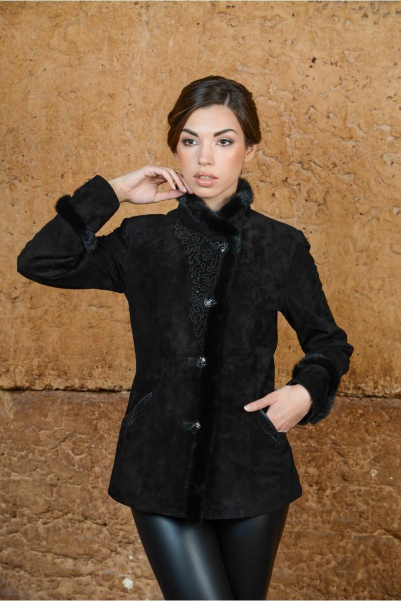 Куртка из натуральной замшевой кожи