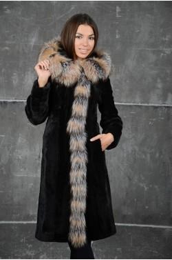 Элегантная Шуба из мутона комбинированная с мехом лисы
