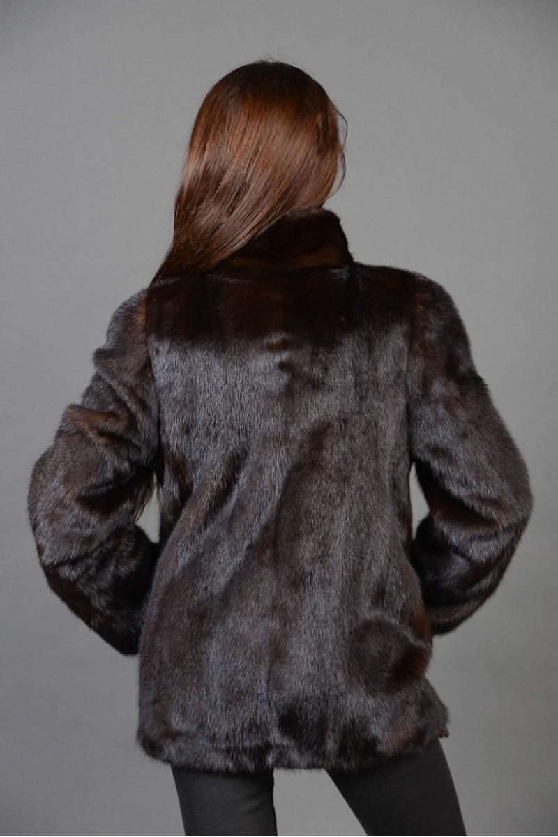 Короткая темно-коричневая шуба из норки (автоледи)