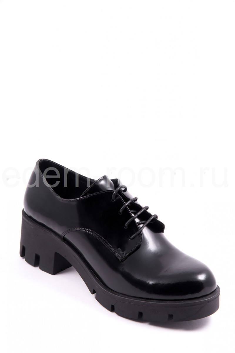 Полуботинки на шнуровке