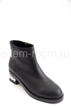 Ботинки от Gucci