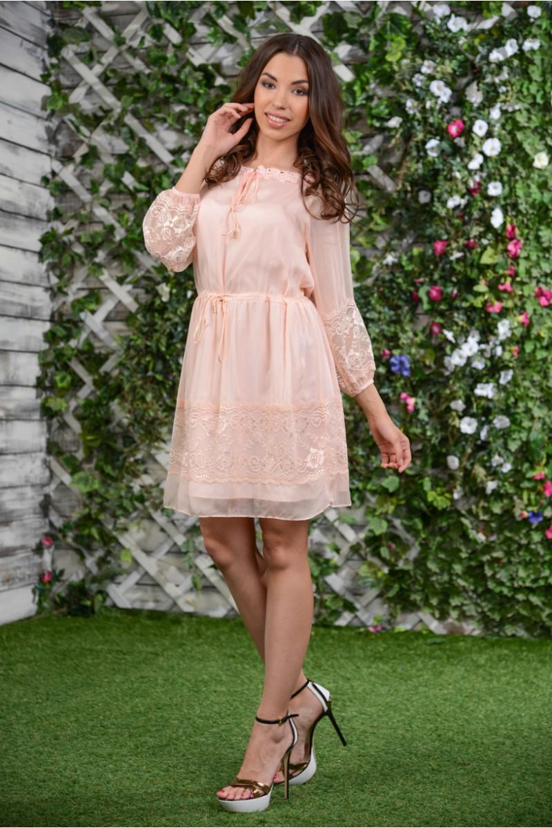 Шёлковое кружевное платье