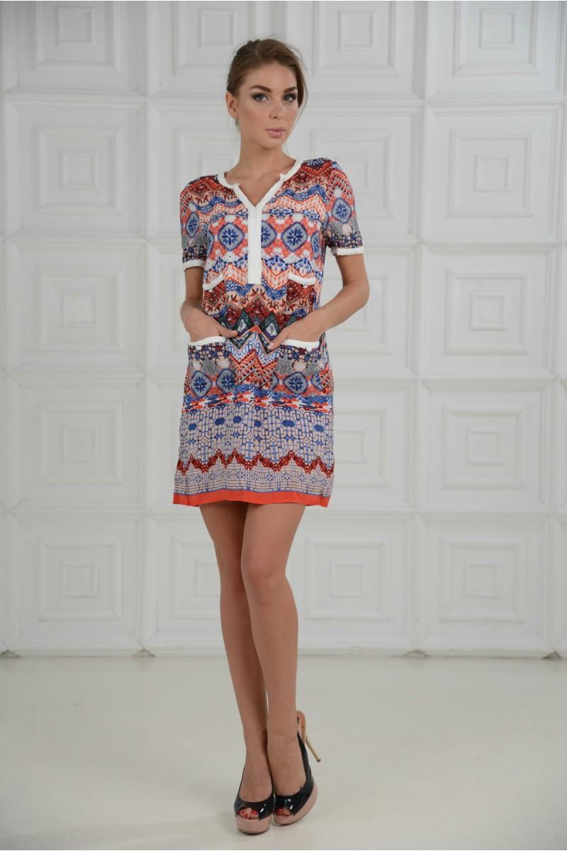 Облегчённое платье с карманами