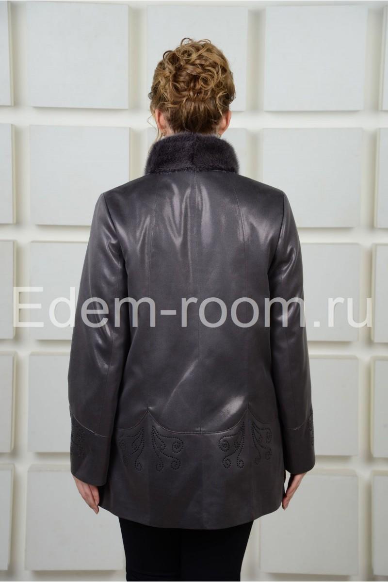 Замшевая куртка с мехом норки
