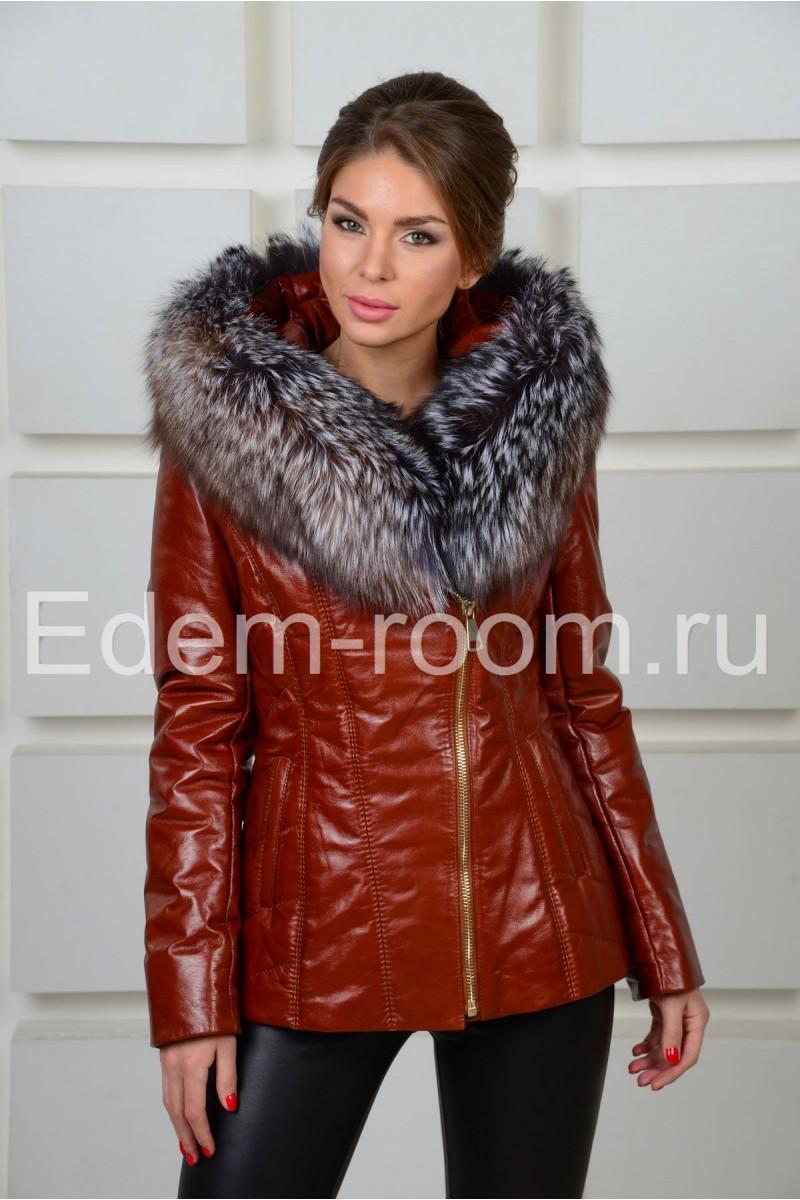 Коричневая кожаная куртка с мехом