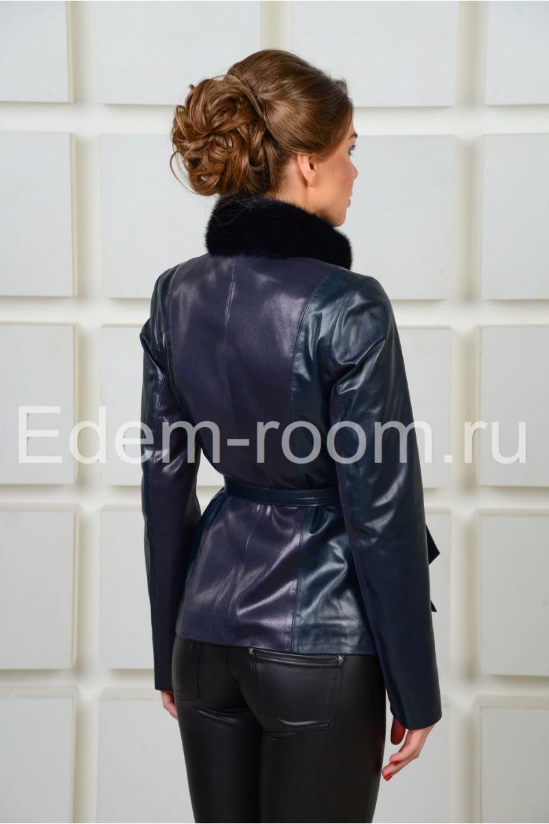 Синяя демисезонная  куртка с норкой