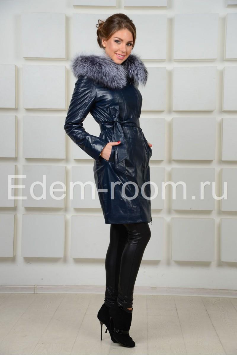 Синее демисезонное пальто с мехом