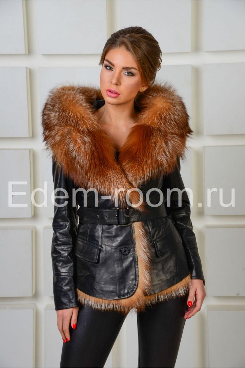 Теплая куртка с меховым капюшоном из лисы