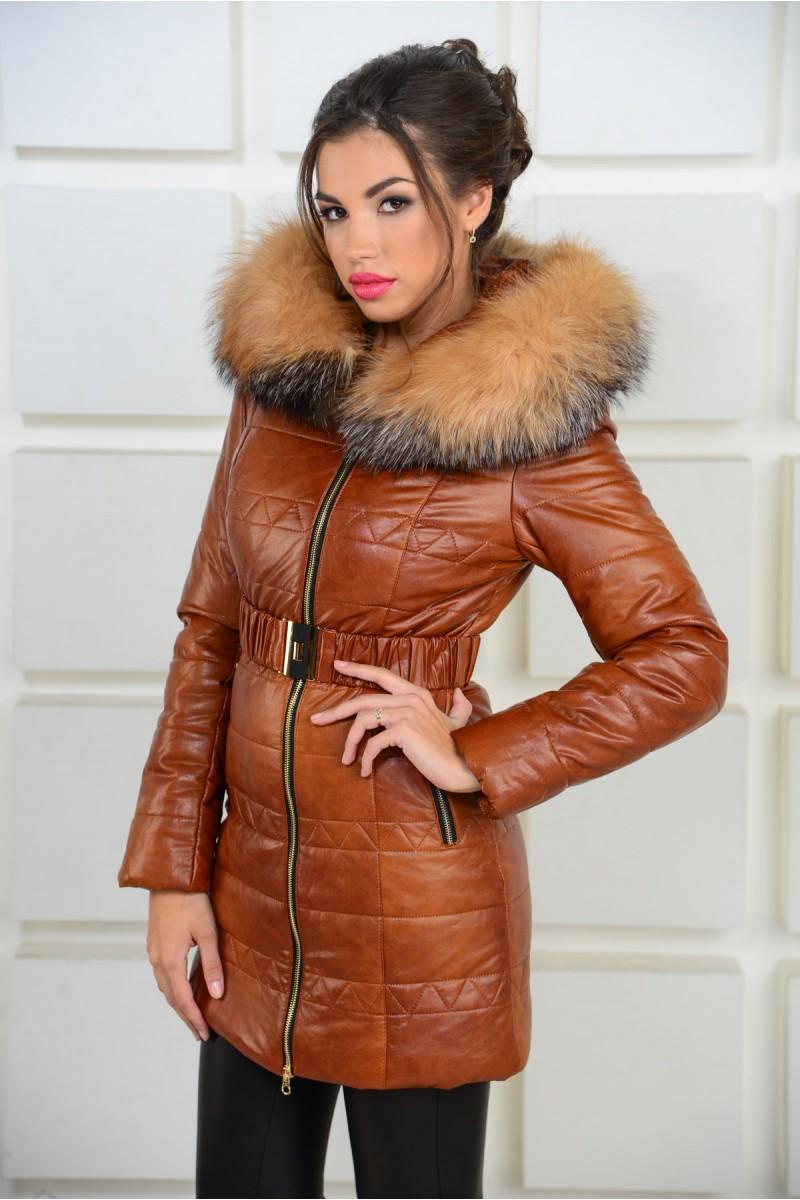 Зимняя куртка из эко-кожи с капюшоном