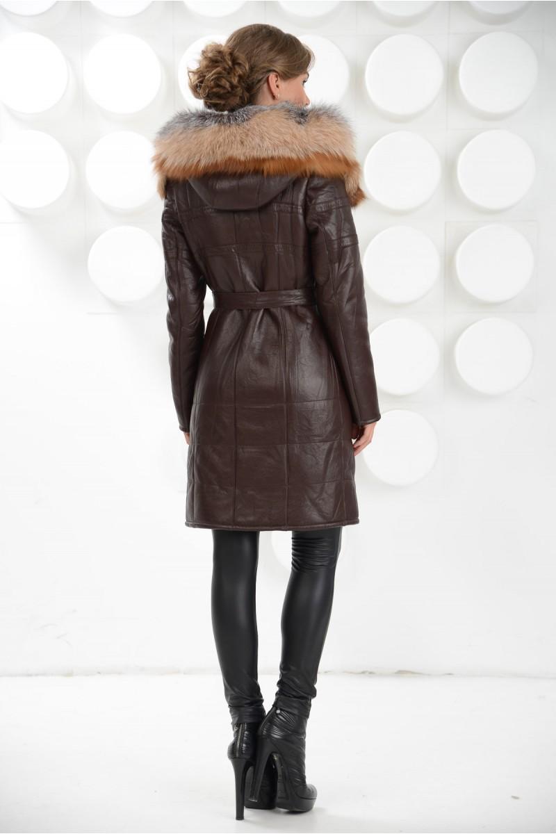 Модная дублёнка с капюшоном из меха чернобурки