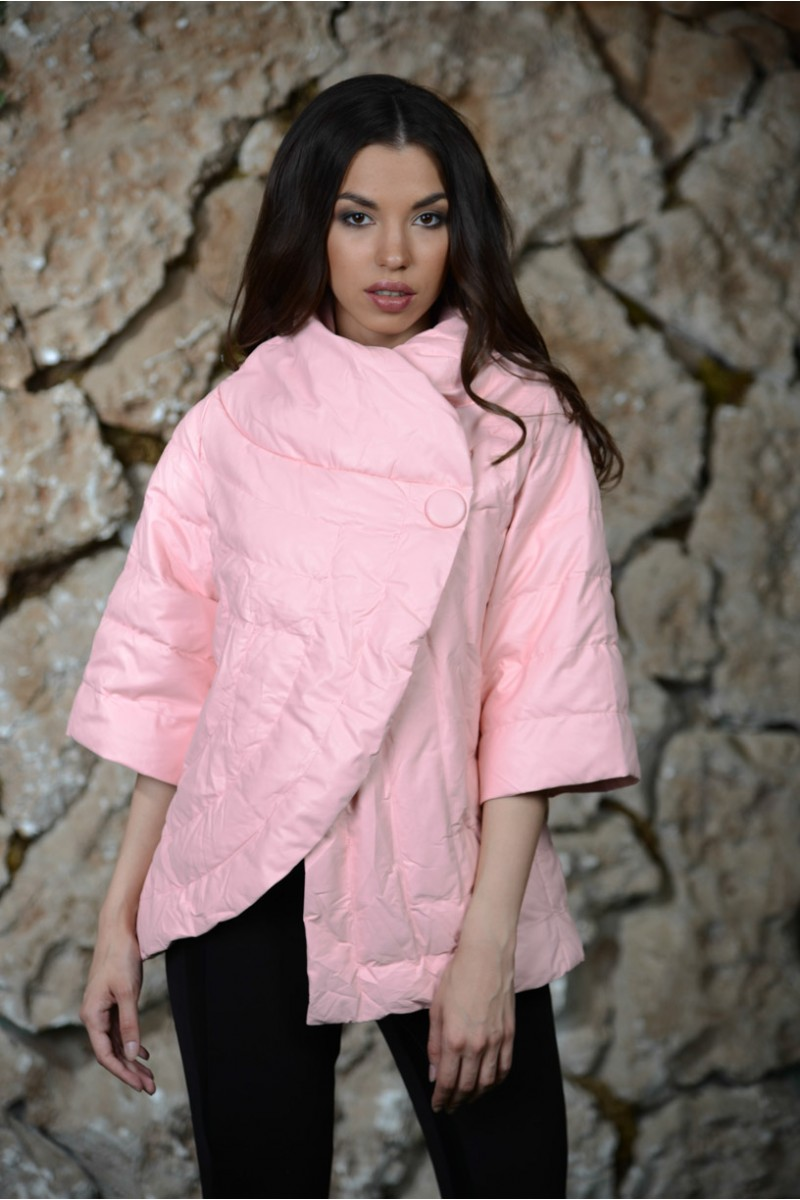 Розовая утеплённая куртка