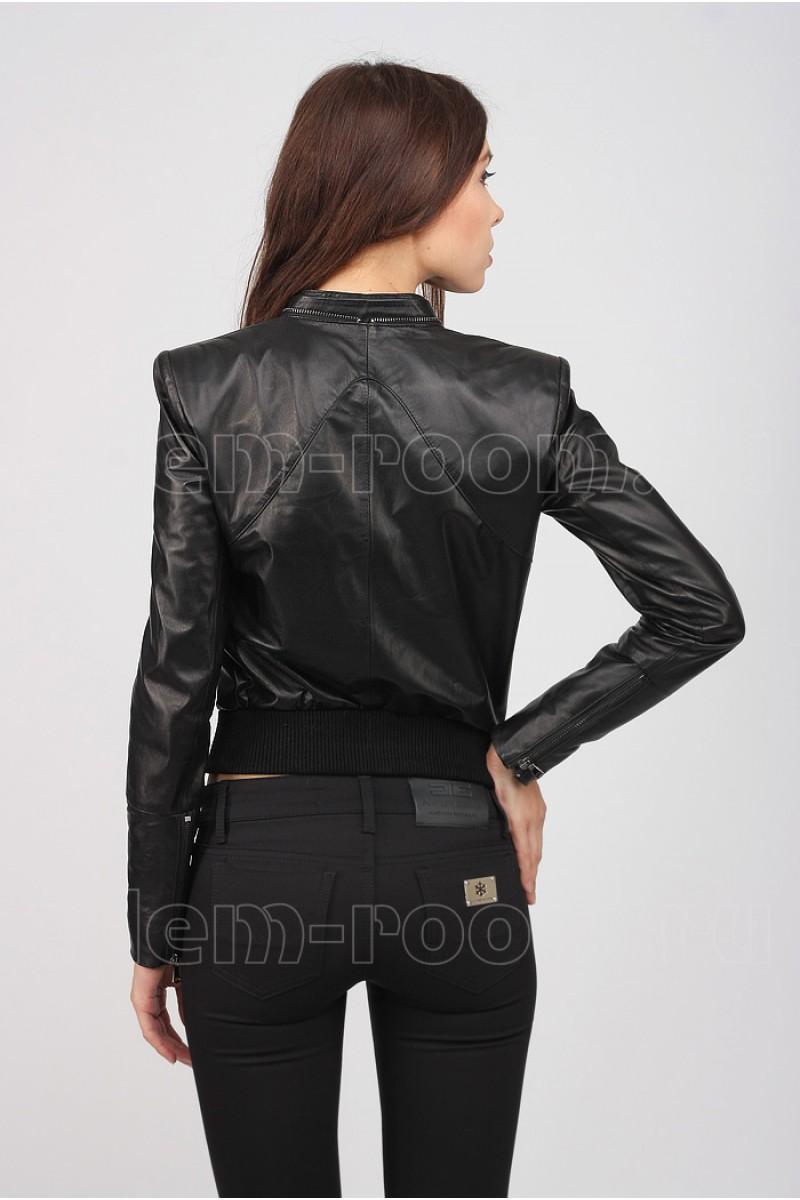 Женская осенне-весенняя кожаная куртка