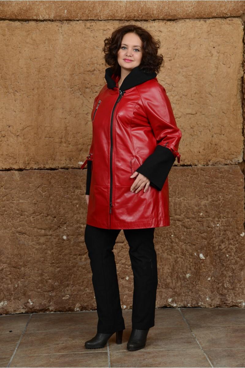 Красный кожаный плащ для больших размеров