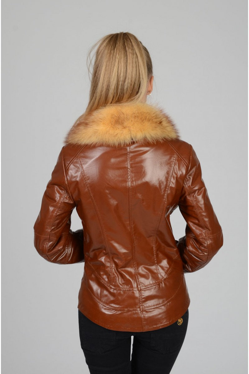 Осенне - весенняя кожаная куртка .