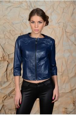 Синяя короткая  куртка для лета.