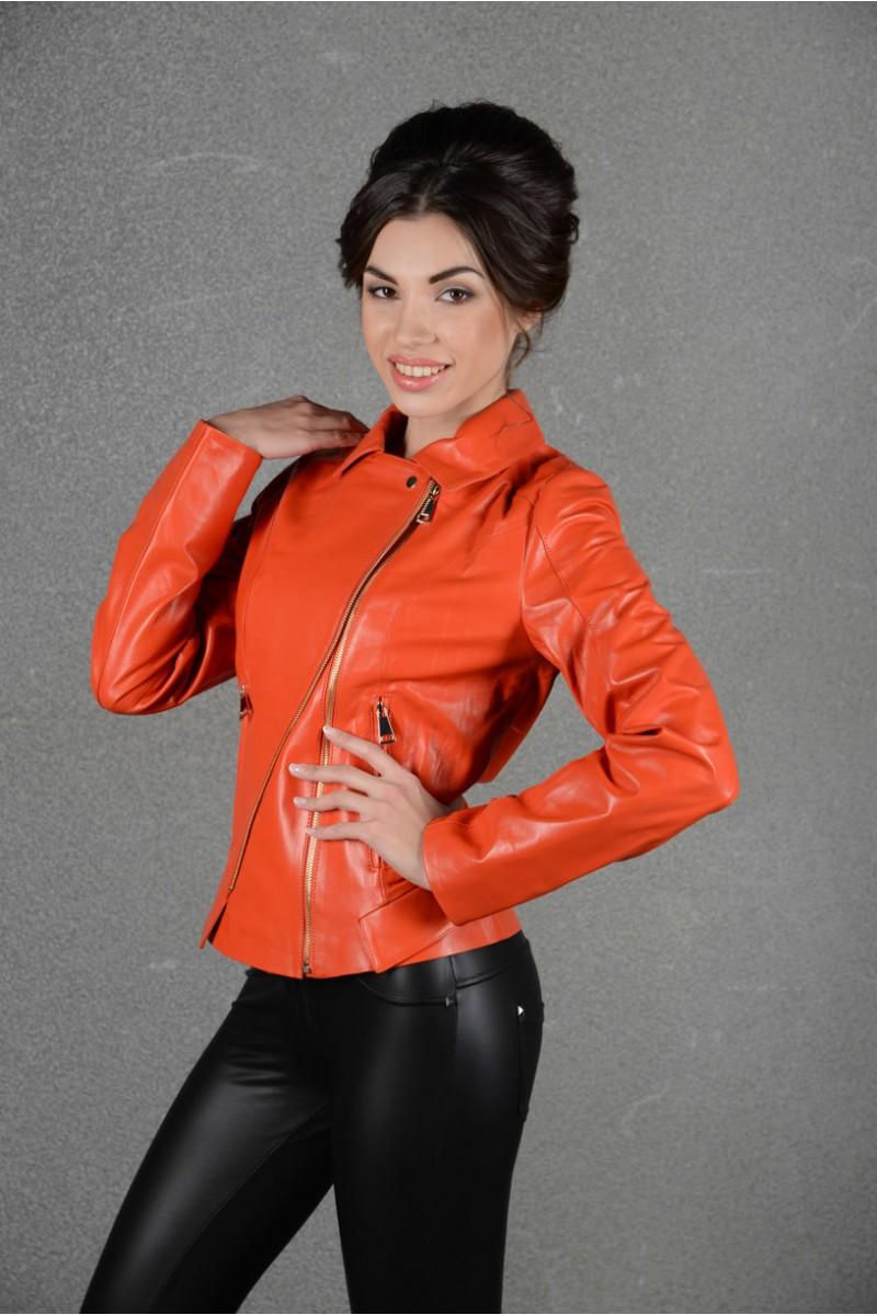 Оранжевая кожаная летняя куртка