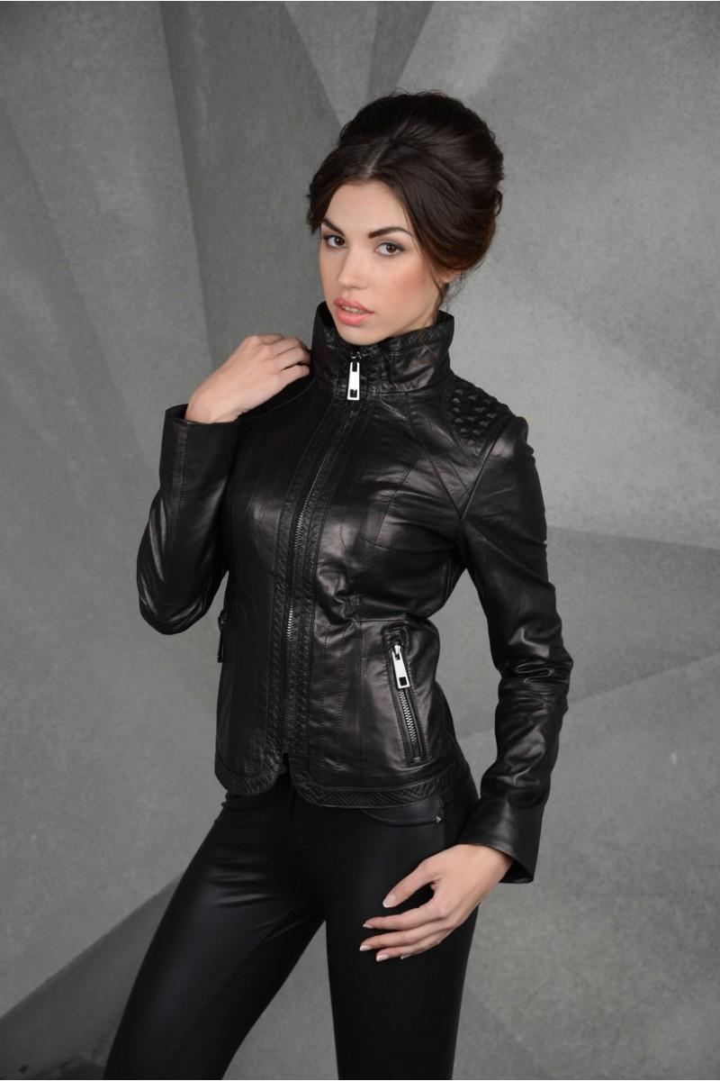Молодёжная  куртка из натуральной кожи короткая