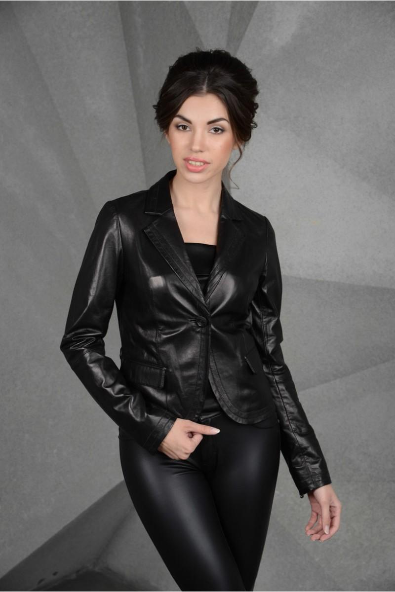 Кожаная черная короткая куртка - пиджак