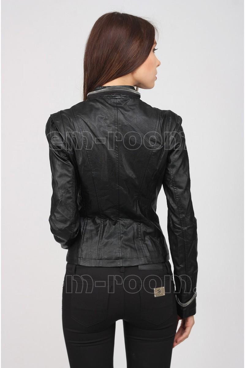Стильная весенне-лентяя женская куртка