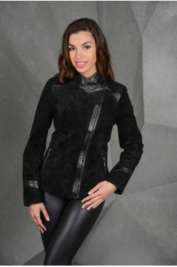 Замшевая женская куртка