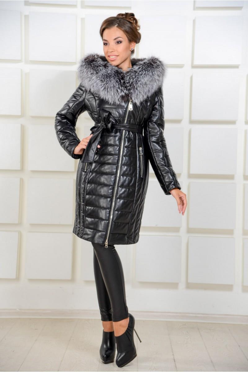 Отличное кожаное пальто с поясом