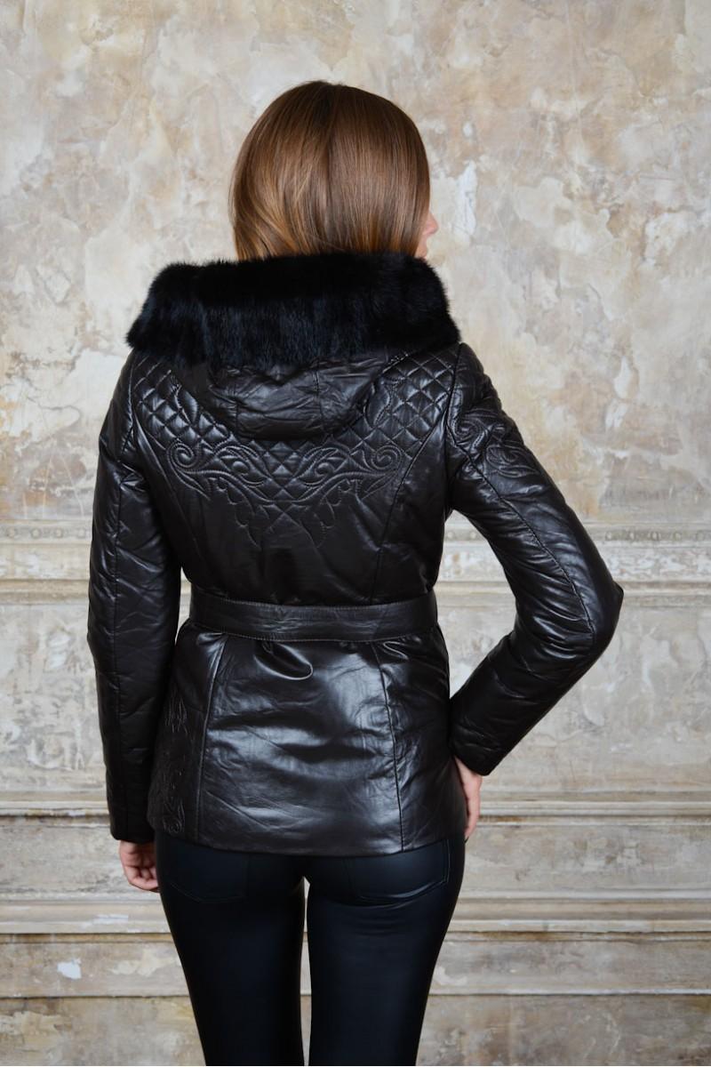 Укороченная кожаная куртка оторочка мехом норки