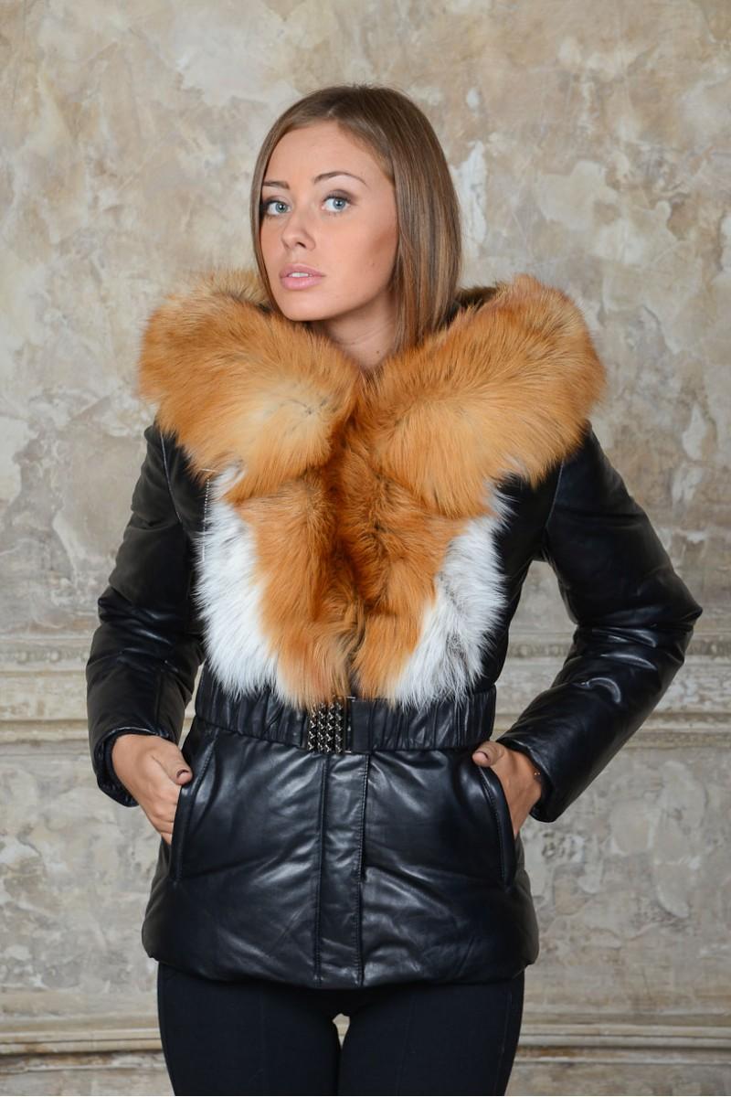Женский кожаный пуховик с мехом огненной лисы