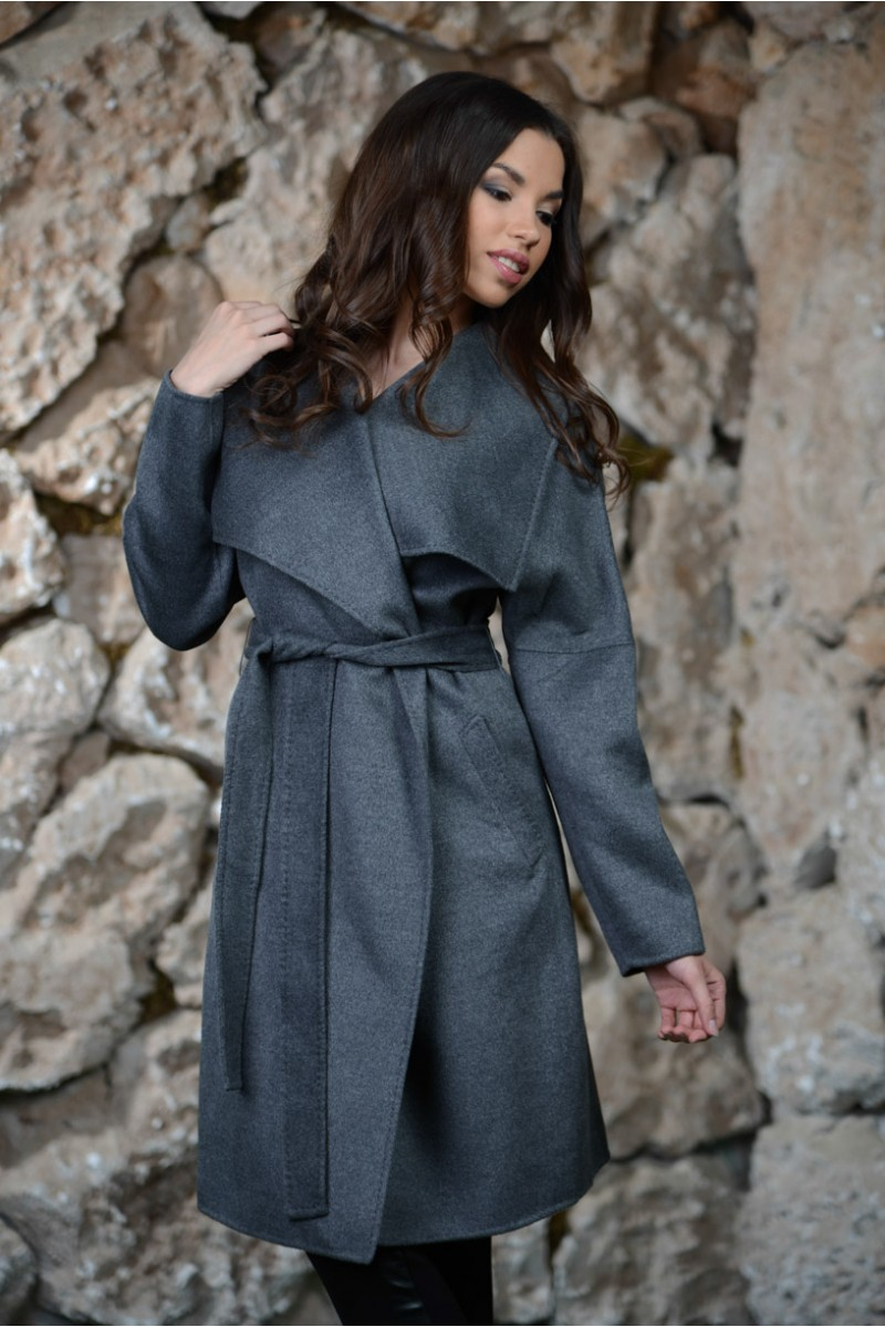 Серое кашемировое пальто MaxMara.