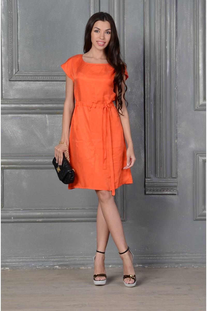 Оранжевое шёлковое платье
