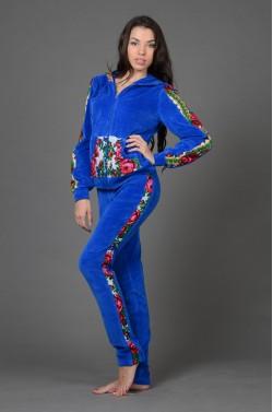 Женский велюровый костюм  (матрешка)