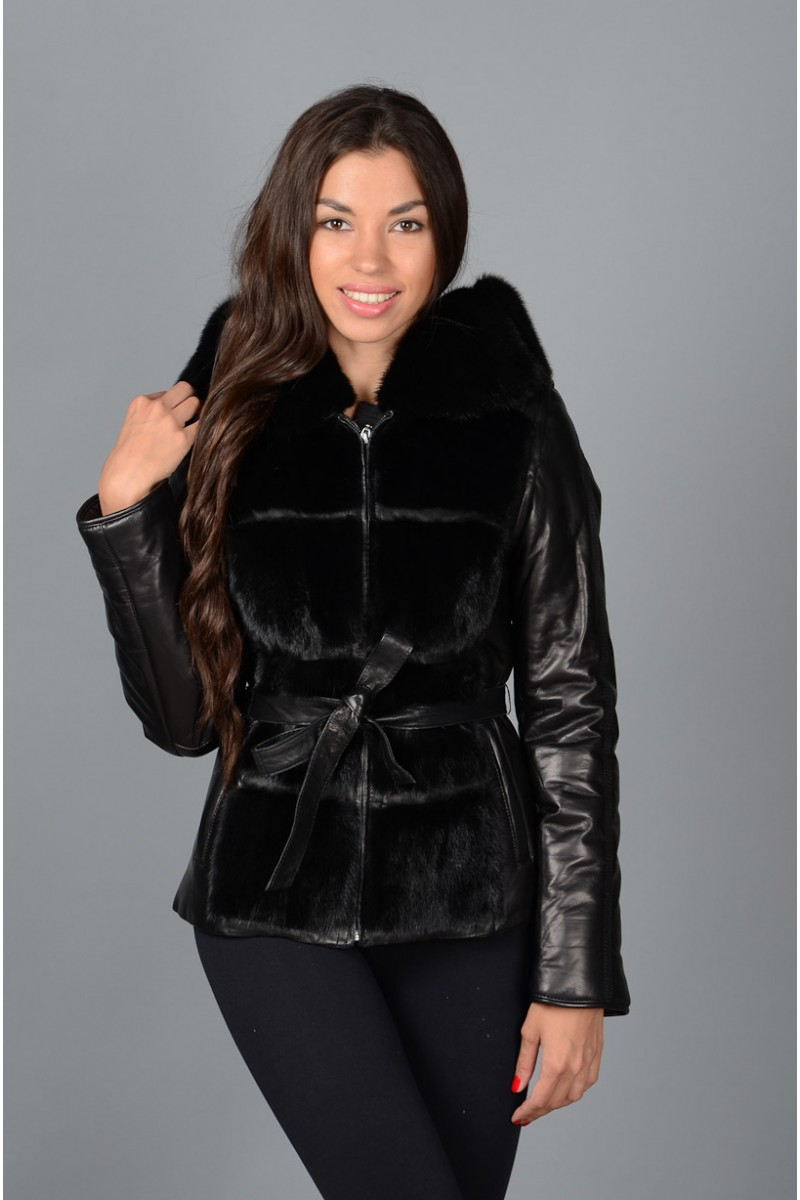 Зимняя куртка с мехом норки.