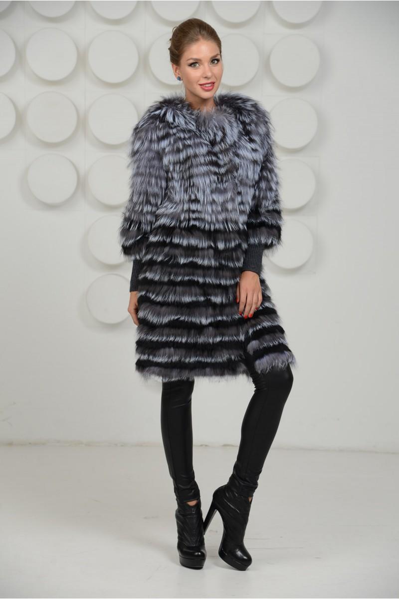 Стильное меховое пальто из чернобурки в роспуск